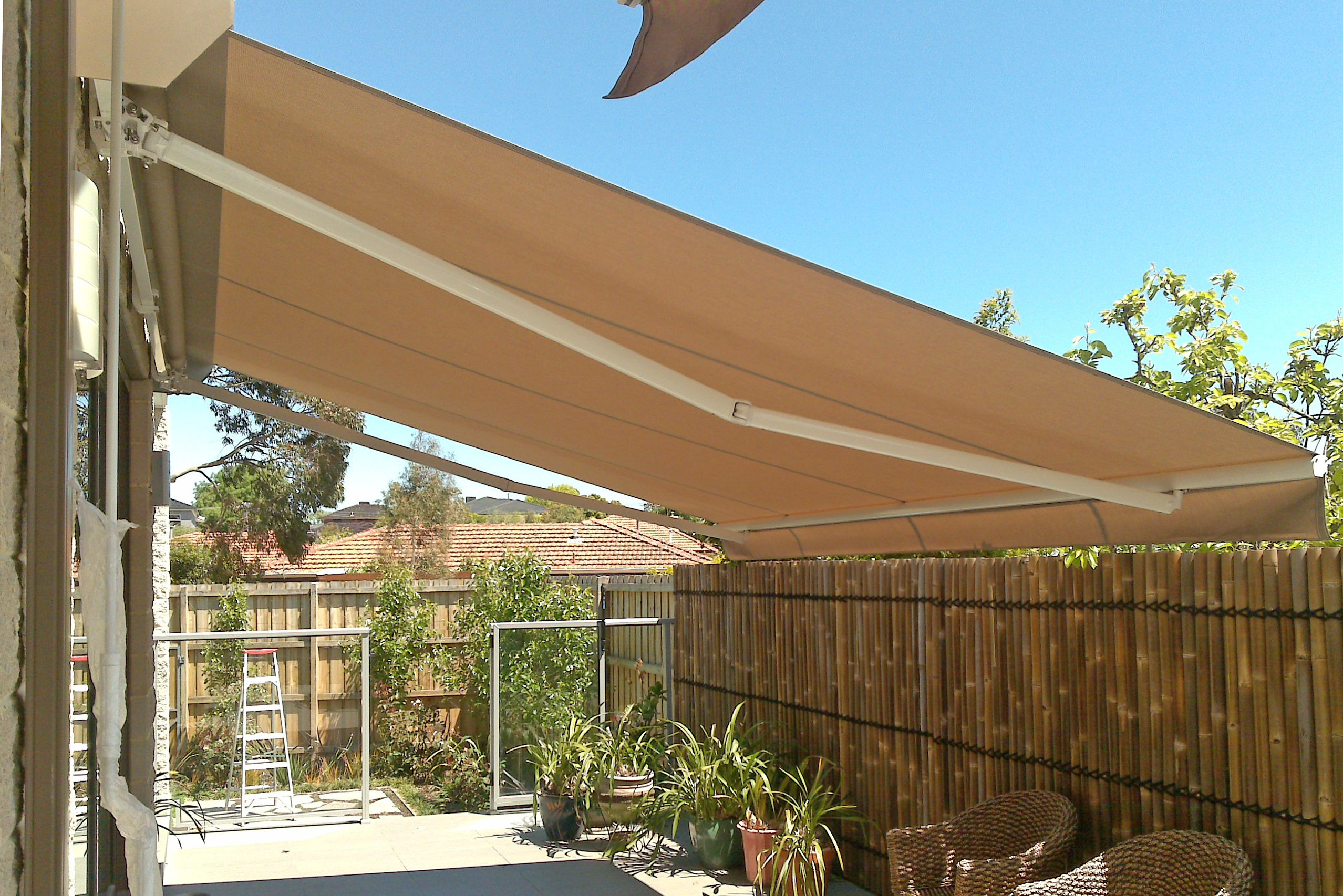Folding Arm Awnings 15