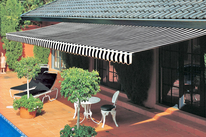 Folding Arm Awnings 03