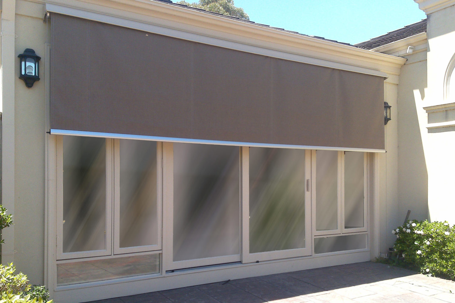 Wire Guide Awnings 03