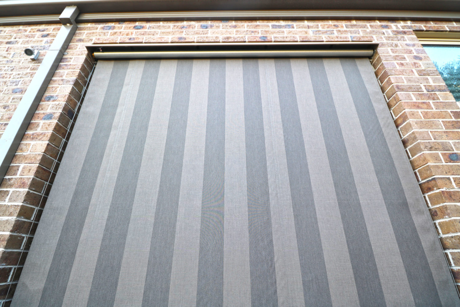 Wire Guide Awnings 04